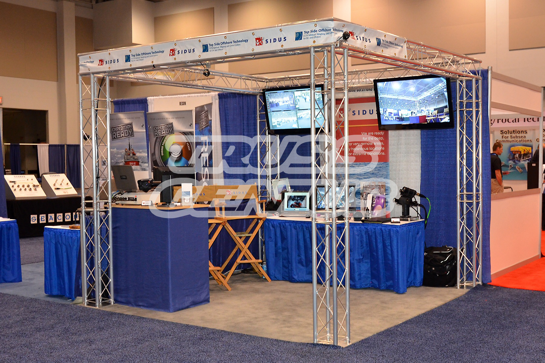 Trade Show Booth Objectives : Small truss trade show booth